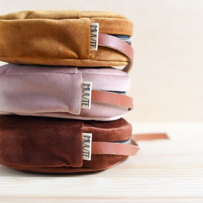 pyöreä käsilaukku
